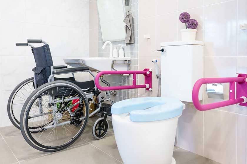 aménager une salle de bain pour les personnes à mobilité réduite